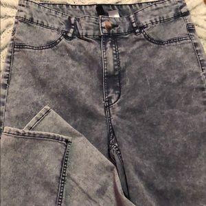 Greyish/blue jeans.!